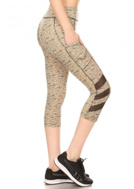 Wholesale Womens Sports Capri Leggings With Side Pockets & Mesh Panels